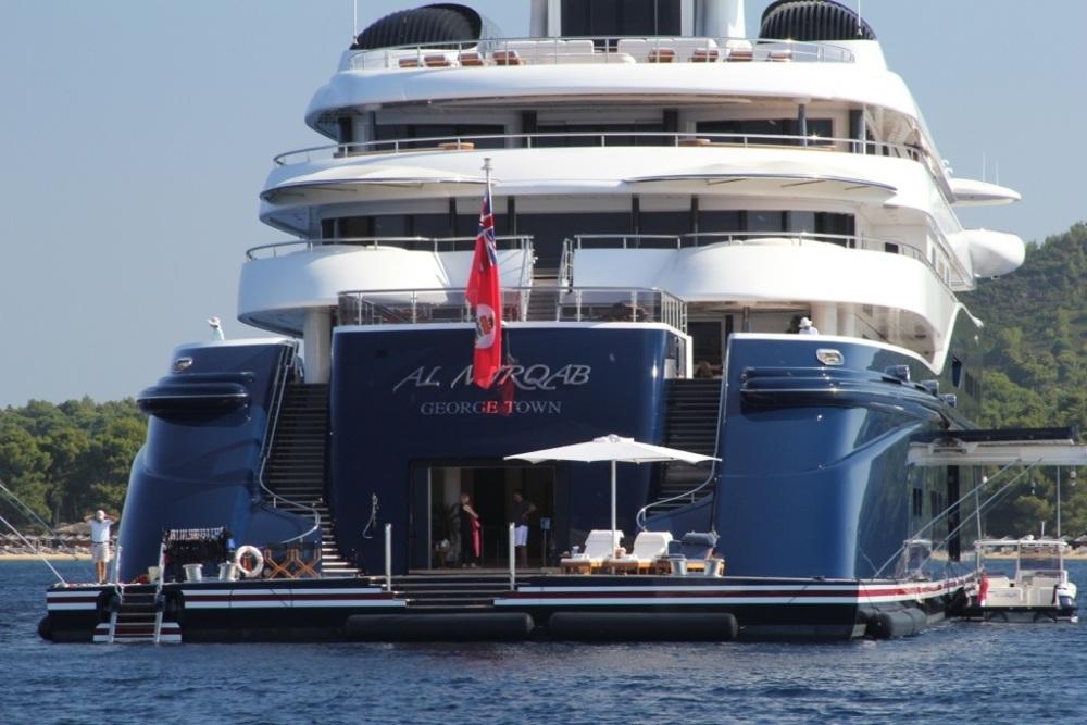 Mega-Yacht Al Mirqab (3/6)
