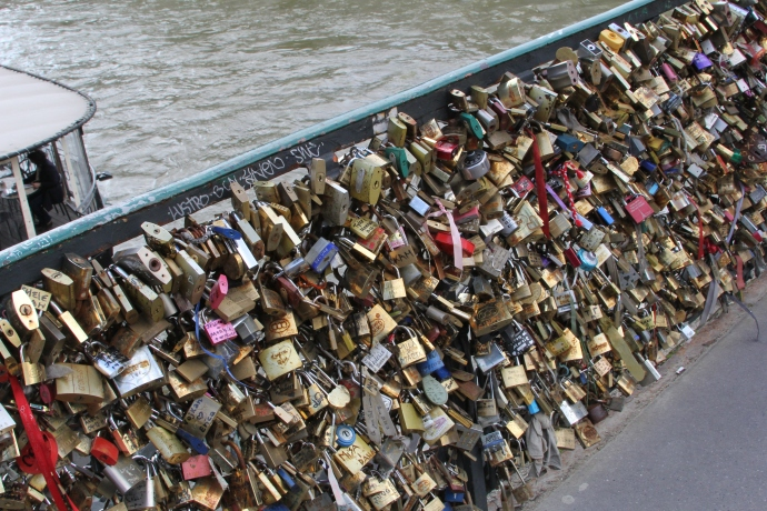 Love locks on Pont de l'Archevêché bridge