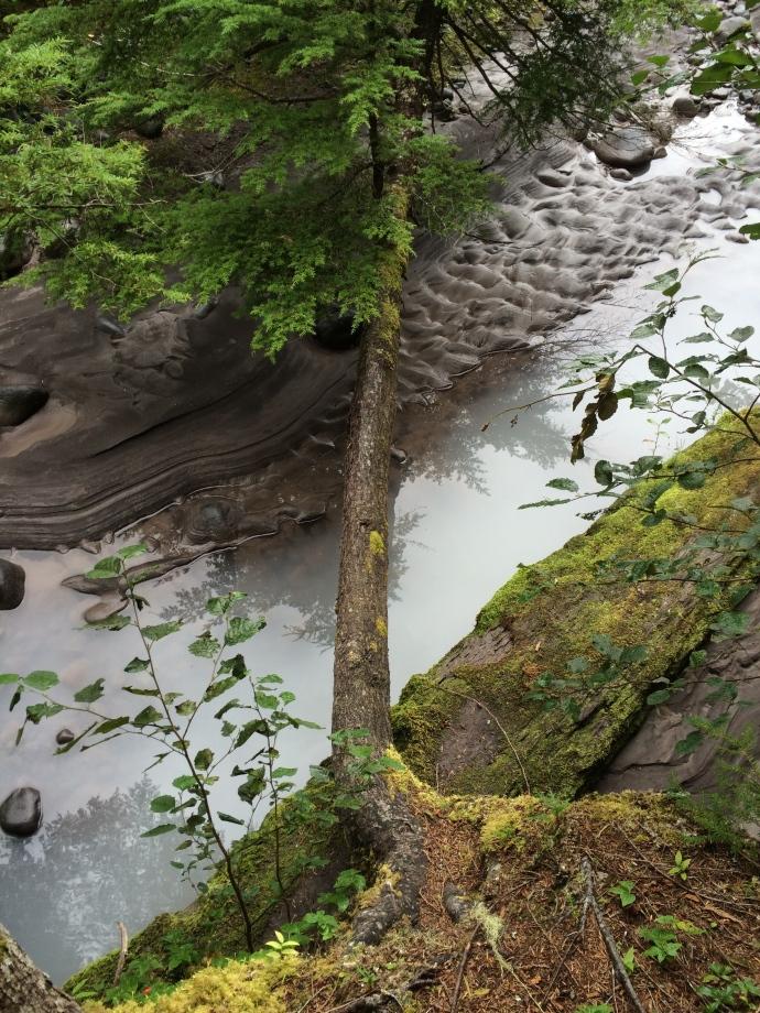 Natural bridge and