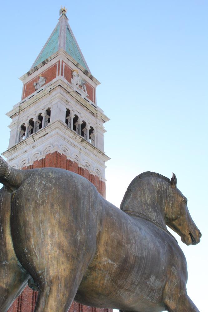 A Day in Venice (3/6)