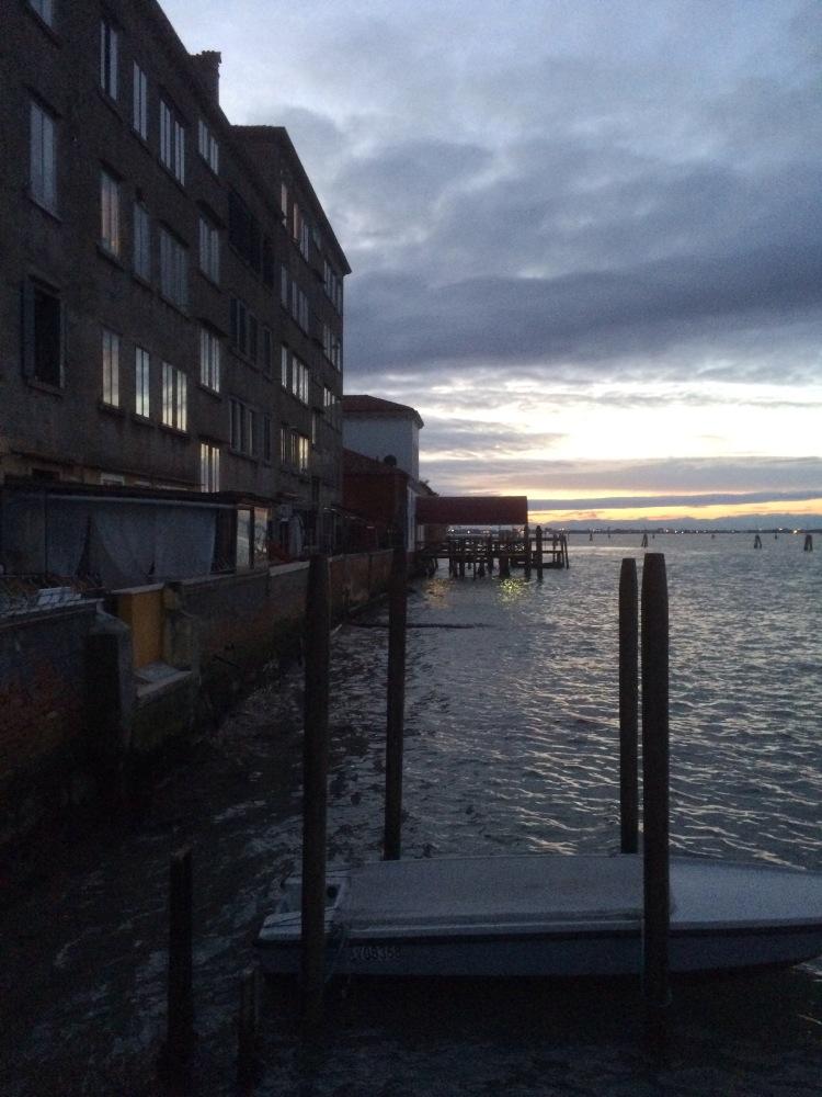 Train to Venezia (3/6)